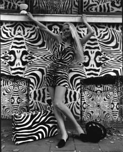 Venus Goddess of Diabolo zebra